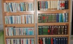 کتابدار نمونه کتابخانه مسجدی